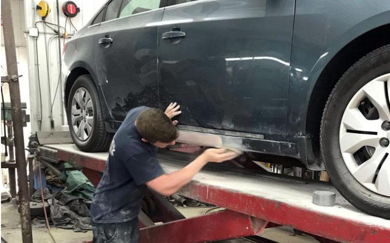 Nous améliorons considérablement l'apparence de votre véhicule
